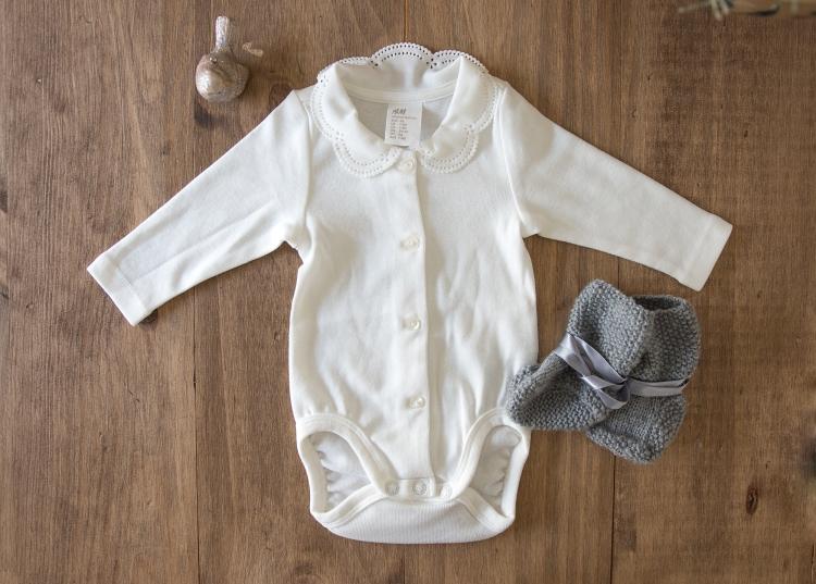 babywear-flatlay-babystuff-newborn-babyclothing-viggosmama