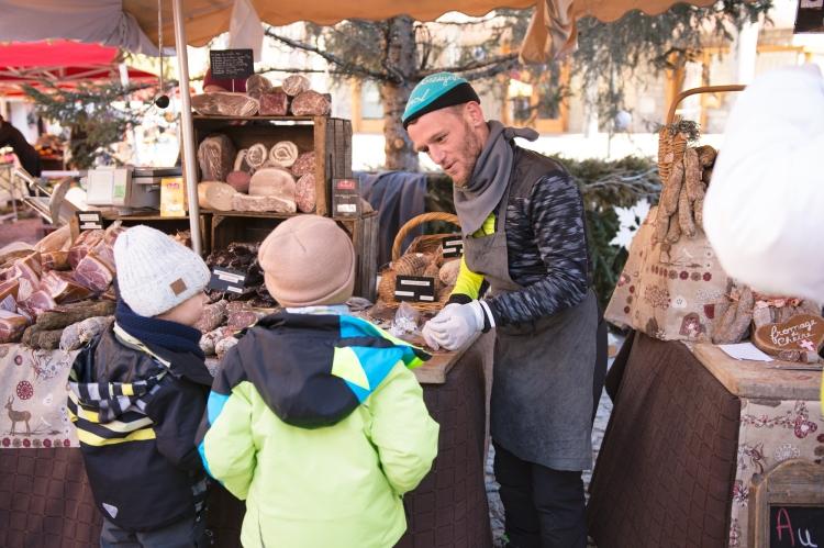 ski-vacations-travel-adventure-family-fun-momlife-les-arcs-2017-local-market