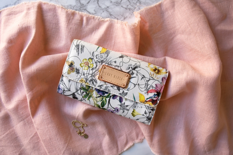 spring-floral-wallet-accessory-flowers-pretty-fashion-3